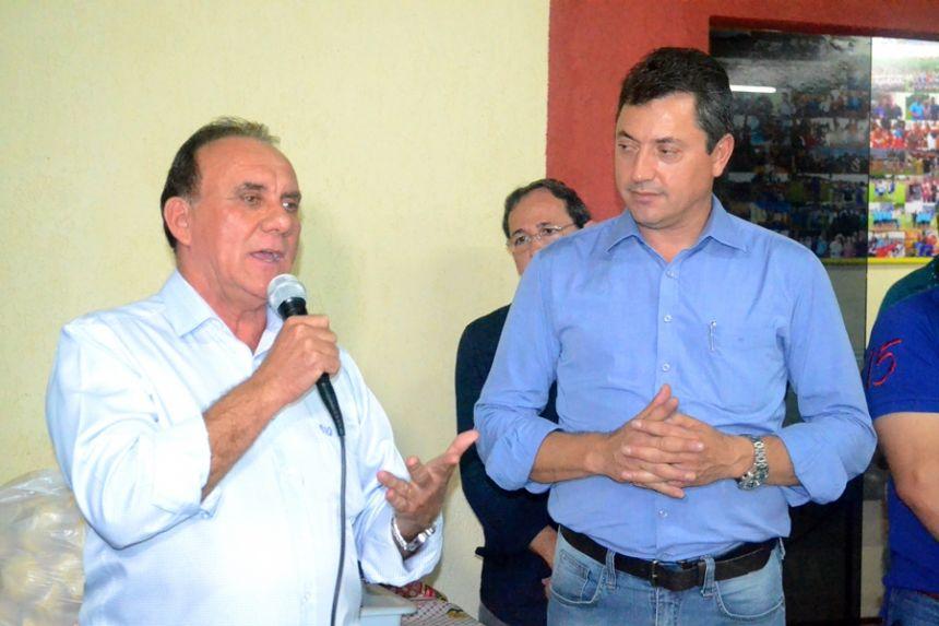Prefeito Jos� Isalberti com deputado federal S�rgio Souza