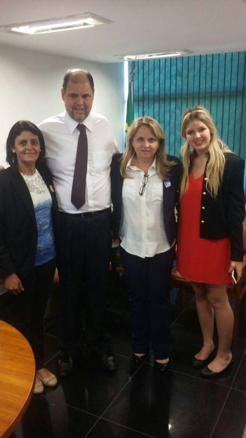 Prefeita e vereadora de São Pedro do Ivaí reivindicam recursos em Brasília