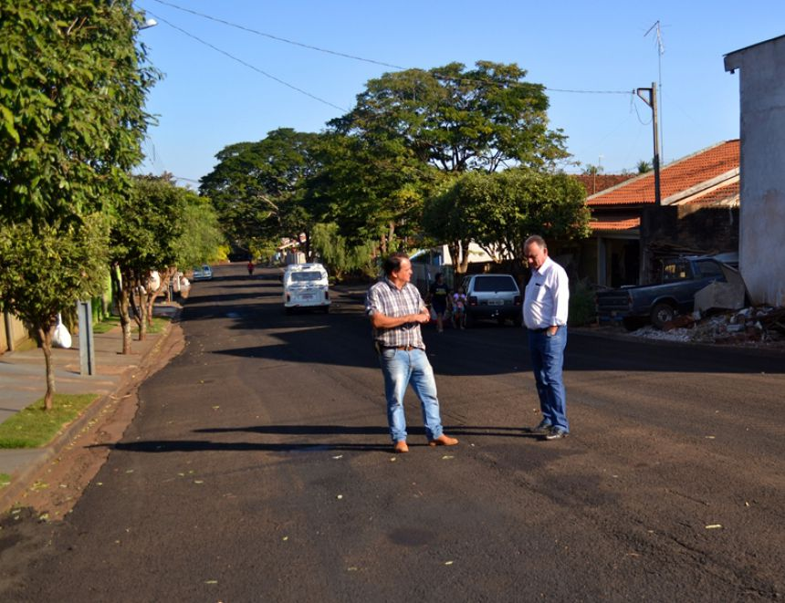 Governo municipal executa 27 mil metros quadrados de recape asfáltico