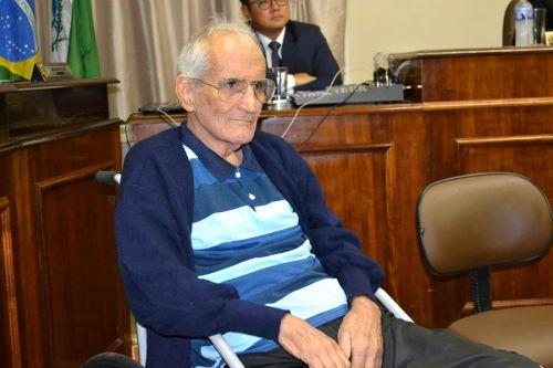 Em mar�o deste ano, Professor Julio foi homenageado com Titulo de Cidadao Benemerito, pelo trabalho realizado por mais de 20 anos a frente do ESPORTE
