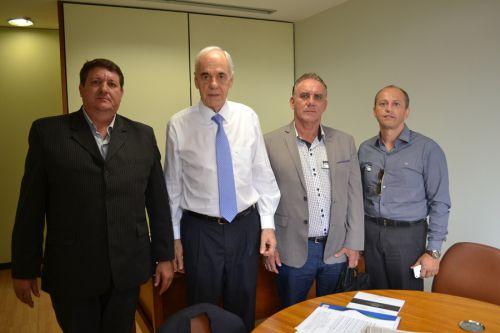 Comitiva de São Pedro do Ivaí com Reinhold Stephanes em Brasília - Arquivo/Jan2017