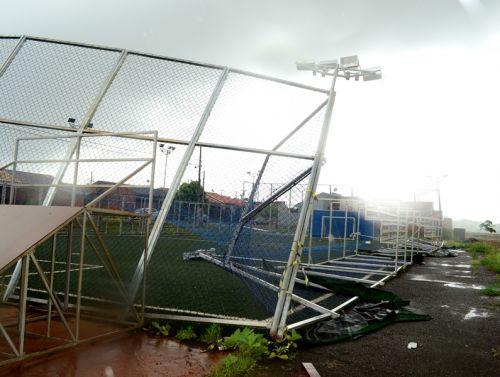 Empresa responsável pelo Parque Esportivo irá reparar os danos causados por vendaval