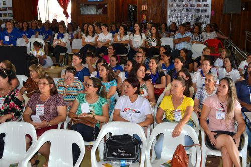 Seminário reúne quatro municípios para discutir Planos Municipais de Educação