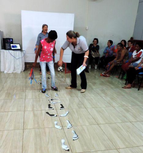 CRAS promove gincana com idosos