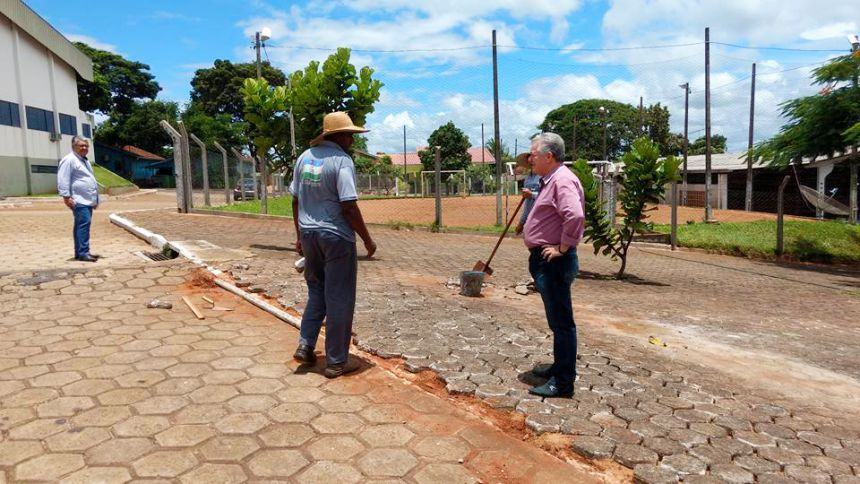 Prefeito e Presidente da Câmara visitam obras no município