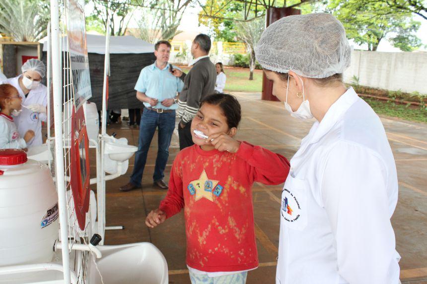 2ª Semana de Saúde Bucal promove atividades educativas e entrega de 500 escovas de higiene bucal
