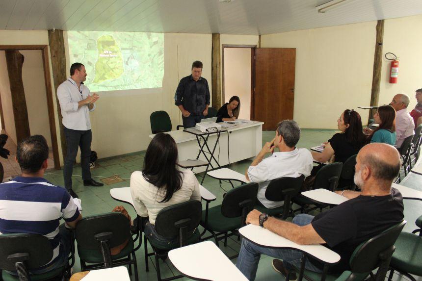 Sanepar consegue anuência do Conselho da APA para executar dragagem no Ribeirão Arara