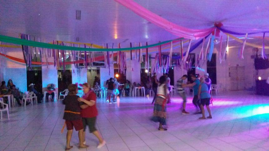 Departamento da cultura juntamente com a Assistência social querem agradecer o prefeito municipal Alan Rogério Petenazzi pelo apoio aos três dias de folia do carnaval com carnaval da melhor idade,matinê e carnaval de rua.