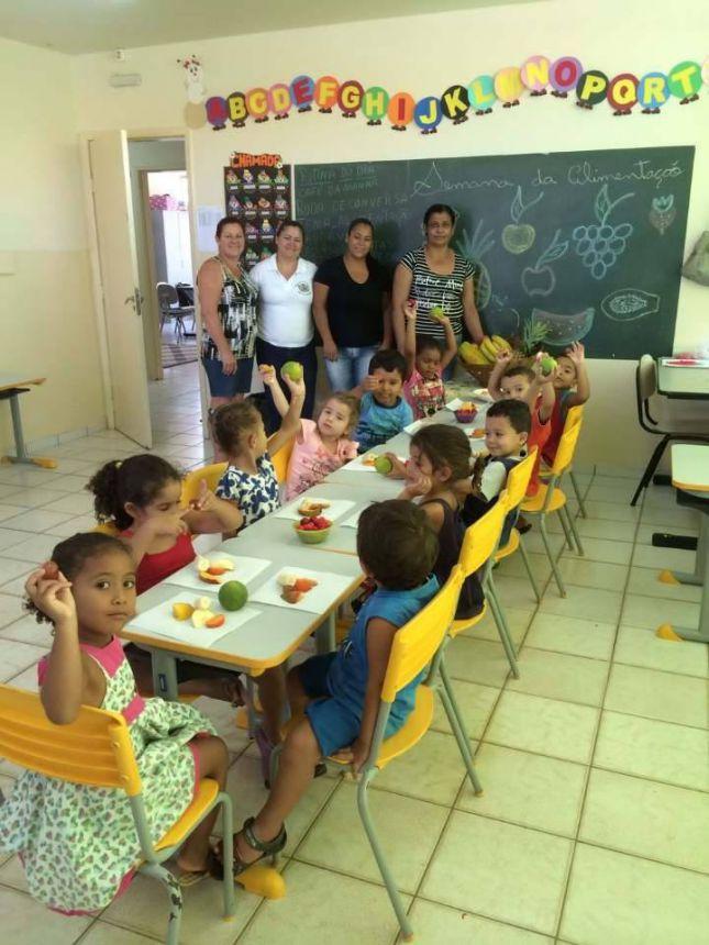 Semana do incentivo a Alimentação Saudável do CMEI do Pequeno Principe