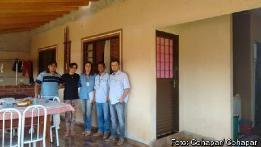Casa nova é oportunidade para família de agricultores de Ângulo desenvolver o próprio negócio