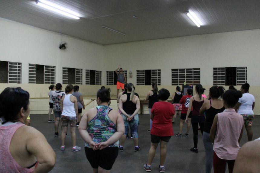 Aulas de Zumba gratuitas à comunidade