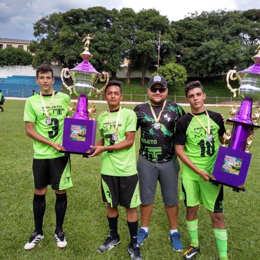 Atletas angulenses são campeões na Copa Futuros Craques