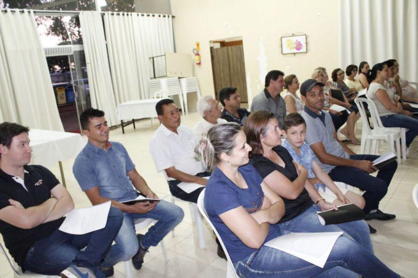 Palestra sobre Cooperativismo e Associativismo acontece em Ângulo