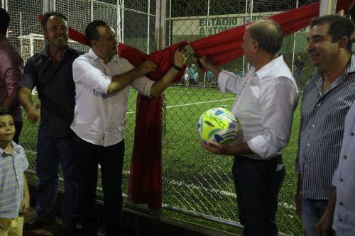 Prefeitura de Ângulo inaugura o projeto Meu Campinho