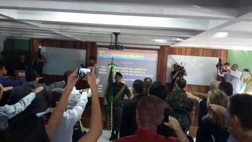 PREFEITO ROGÉRIO APARECIDO BERNARDO É EMPOSSADO PRESIDENTE DA 327ª JUNTA DE SERVIÇO MILITAR