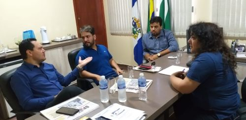 Deputada federal Christiane Yared visita Ângulo