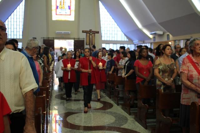 &Uacuteltima Missa dominical celebrada pelo Pe. Reginaldo antes de sua viagem
