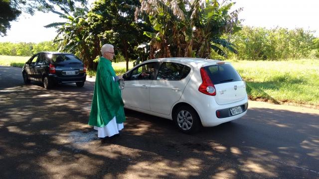 Benção dos veículos na Capela São Maximiliano