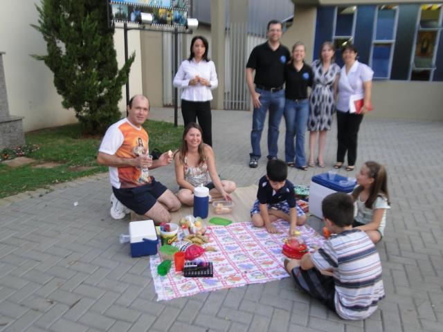 Missa semana da vida - Encenação - Grupo Filhos da Luz e Pastoral Familiar