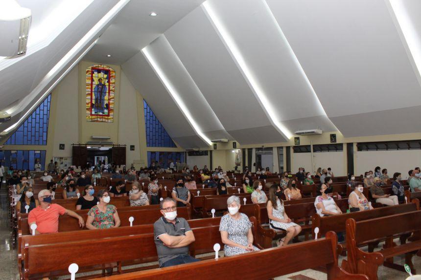 Santa Missa Celebrada pelo Padre Lincon