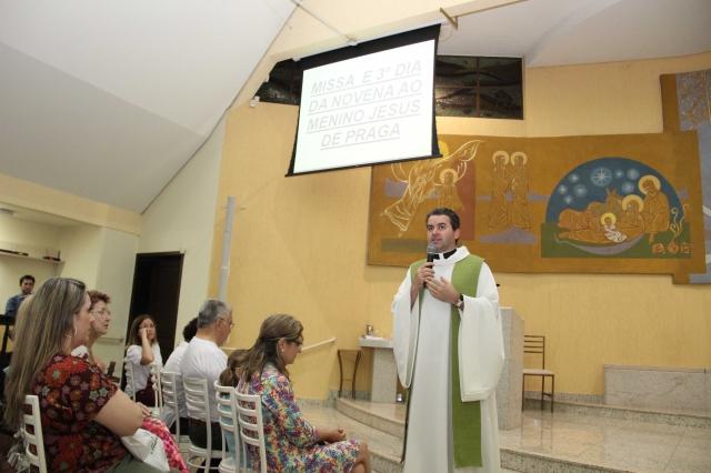 TERCEIRO DIA DA NOVENA DO MENINO JESUS DE PRAGA - GALERIA 01