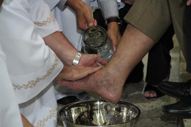 Missa de lava pés e Instituição da Eucaristia