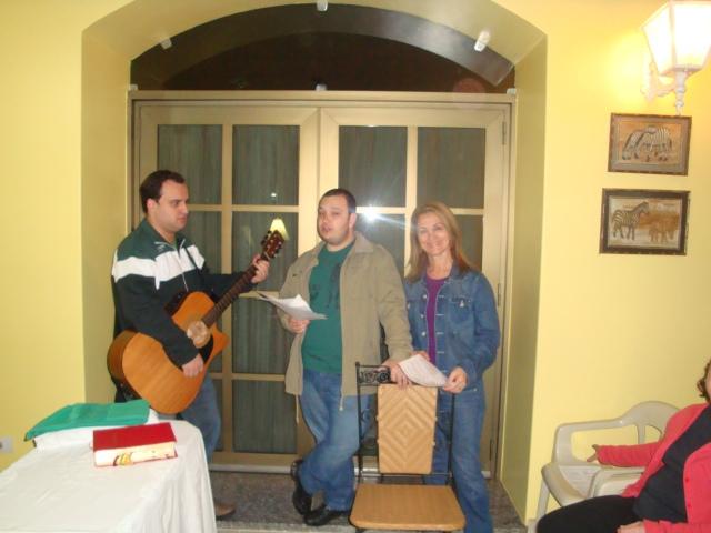 Missa na Comunidade São Leonardo Murialdo - Residência do Sr. Reinaldo Agulhon e Maria Isabel