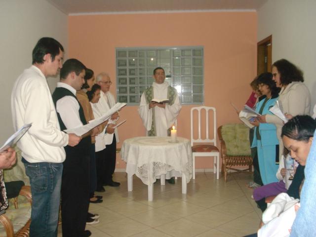 Missa na Comunidade Santa Rita de Cássia - Residencia da Sra. Conceição Cândida de Souza