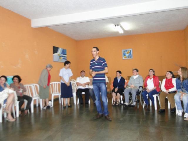 Comunidade São Leonardo Murialdo - Runião com as Famílias, Seminaristas e Irmãs - Alde e Anita – Rua das Andorinhas