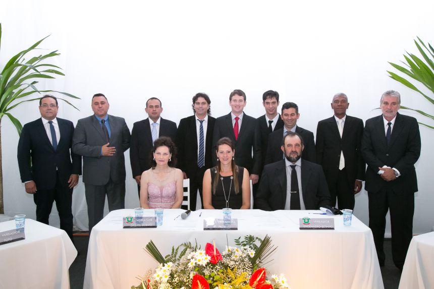 Declara EMPOSSADA a composição da nova MESA DIRETORA DA CÂMARA MUNICIPAL DE IMBITUVA.
