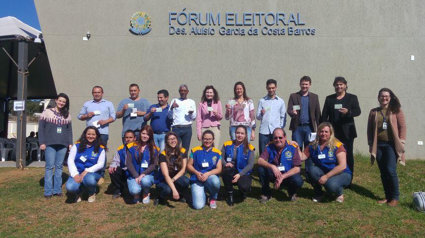 Vereadores fazem o Recadastramento Biométrico no Fórum Eleitoral de Imbituva