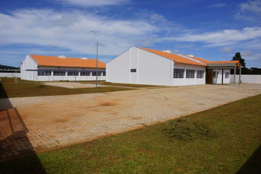 Inaugurada escola da Vila Godoy