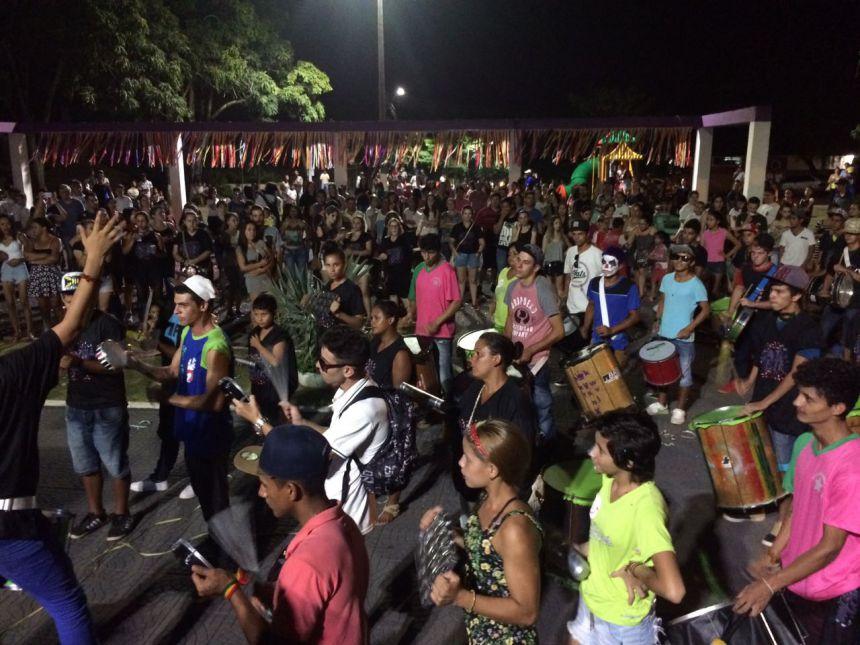 2º Carnaval de Rua da Saúde movimenta noite de quarta em Ortigueira