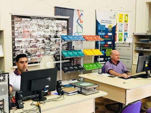 SERVIÇOS DESENVOLVIDOS PELA SECRETARIA DE INDÚSTRIA E COMÉRCIO ATRAVÉS DA SALA DO EMPREENDEDOR - SEBRAE