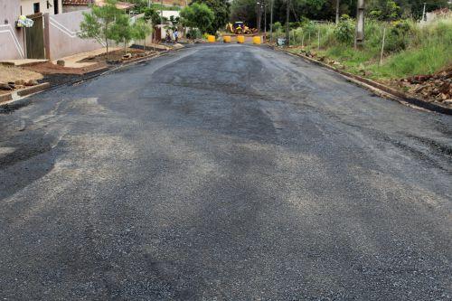Prefeitura Municipal de Ortigueira continua com obras de asfaltamento