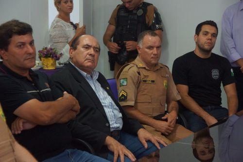 ORTIGUEIRA RECEBE VIATURAS DA POLICIA CIVIL E MILITAR