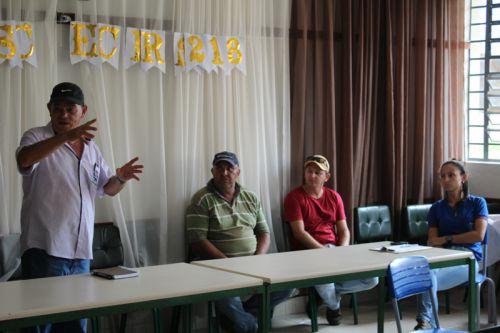 Reunião com produtores rurais
