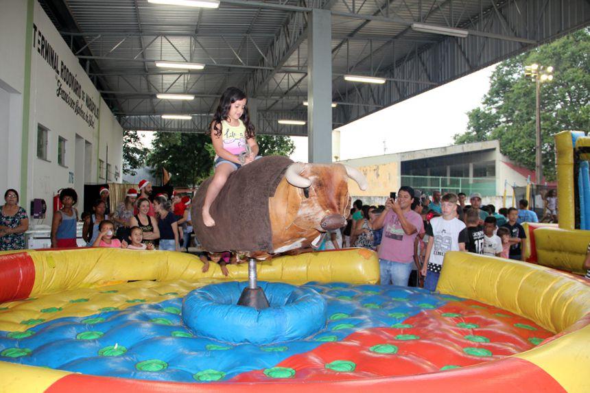 Evento teve diversos brinquedos infláveis