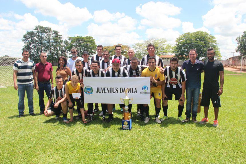 """Final do 3º Campeonato de Futebol """"Jorginho"""" promovido pela prefeitura ocorre com sucesso"""