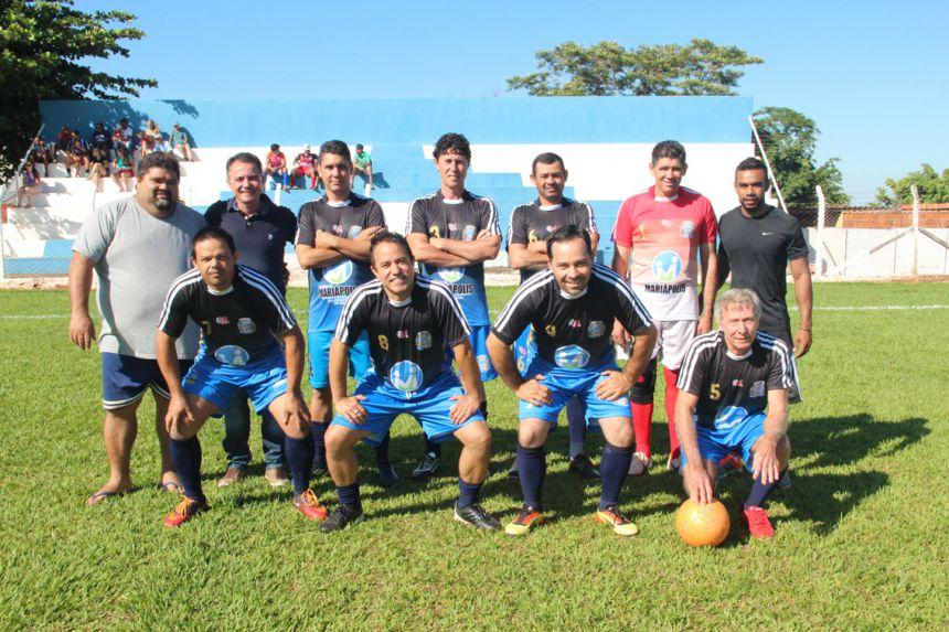 Equipe veteranos com Maurilei, prefeito Val Dantas e Hudson