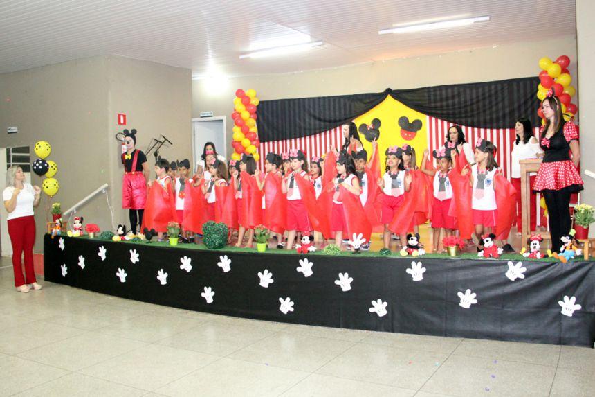 Realizada formatura dos alunos da Creche Escola Rute