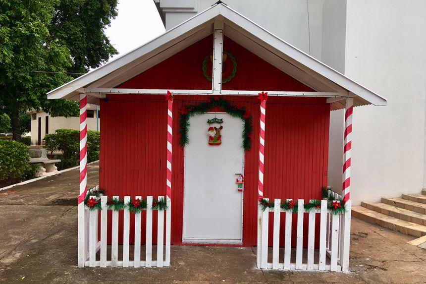 Casa do Papai Noel foi inaugurada na v�spera do feriado