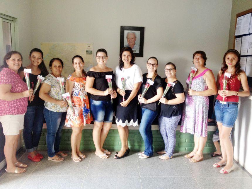 Mulheres são homenageadas pela Secretaria de Assistência e CRAS