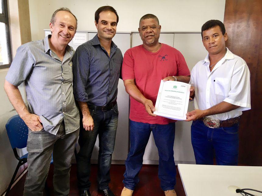 Engenheiro Aguinaldo, analista F�bio, servidor p�blico Manoel e Biba, no Escrit�rio Regional da Casa Civil, em Presidente Prudente