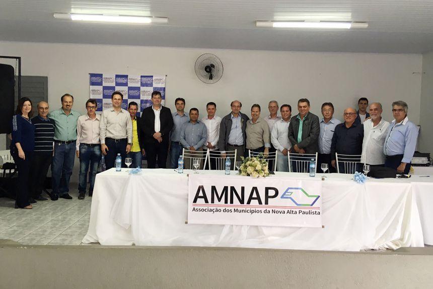Mariápolis participa de reunião da AMNAP em Parapuã
