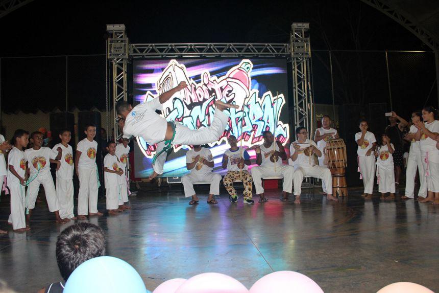 Secretaria Social promove Noite Sociocultural com sucesso na Escola Elmoza