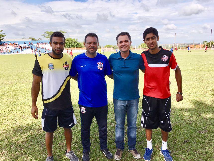 Hudson, olheiro do Corinthians (Da Bahia), prefeito Val Dantas e Alex