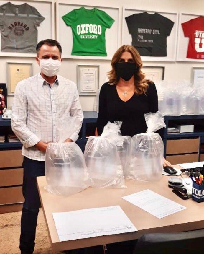 Prefeito de Mariápolis recebe mais máscaras de acetato da Faculdade Toledo Prudente