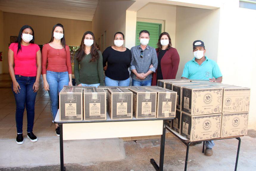 Secretaria Social distribui 235 cestas de alimentos através do Governo do Estado