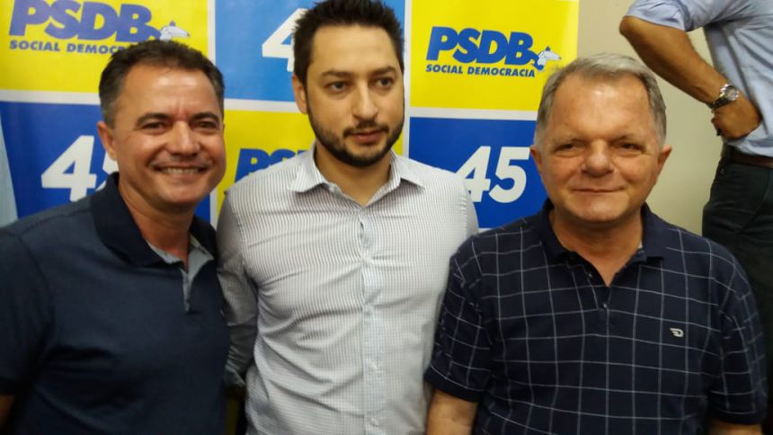 Prefeito Val Dantas com o secret�rio estadual Marco Vinholi e o deputado estadual Mauro Bragato